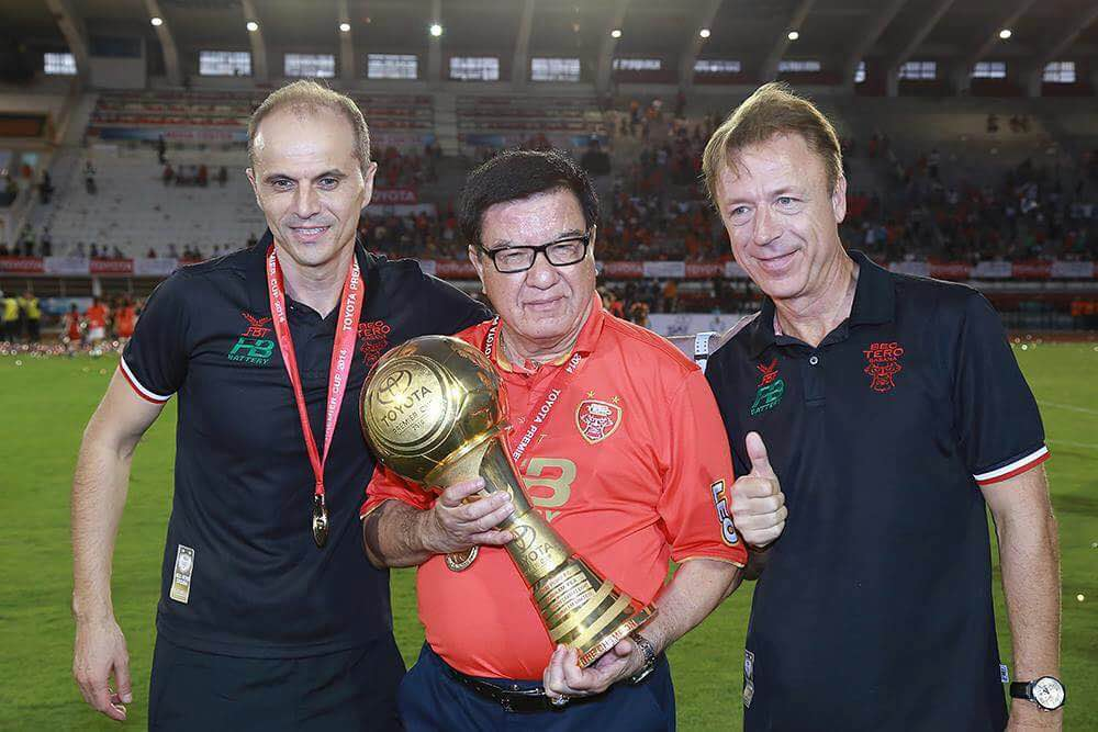 Read more about the article Bozidar Bandovic with his first trophy with Bec Tero